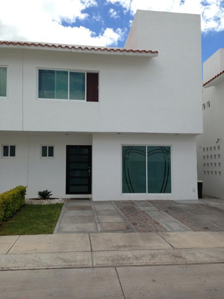 Hermosa casa en renta irapuato 3 recamaras 2 5 ba os for Casas en renta en irapuato