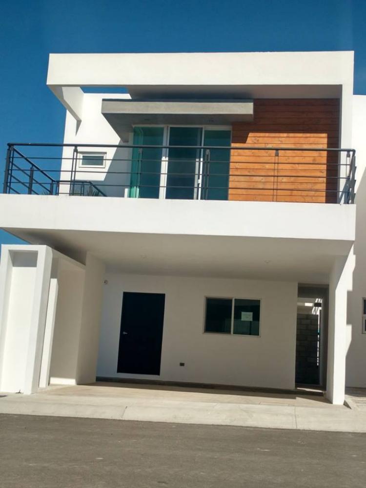 Hermosa casa estilo minimalista cav213589 for Renta casa minimalista tijuana