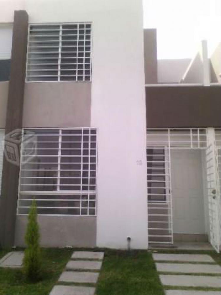 Hermosa casa nueva en puerta navarra queretaro car149362 for Puerta navarra queretaro
