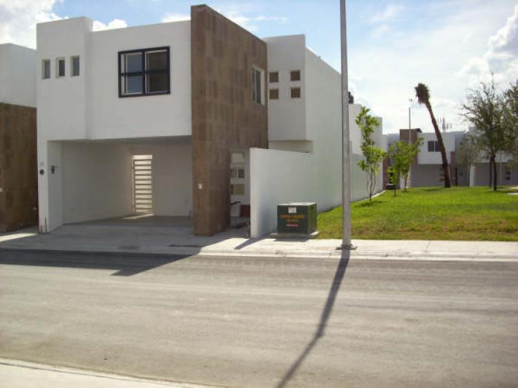 Casa en renta en guadalupe pedregal de oriente 3 for Casas en renta guadalupe