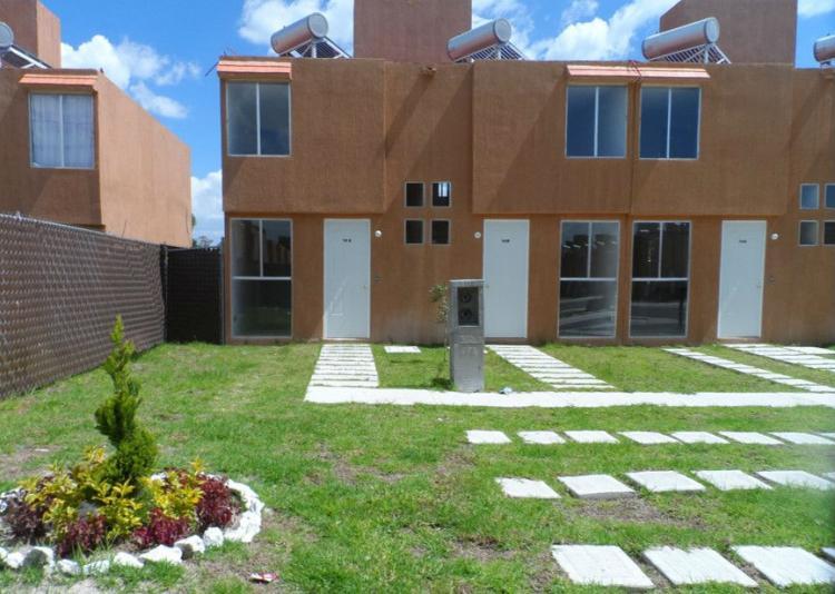 Casa en morelia con canchas de futbol y basquetbol cav82856 for Recamaras en monterrey baratas