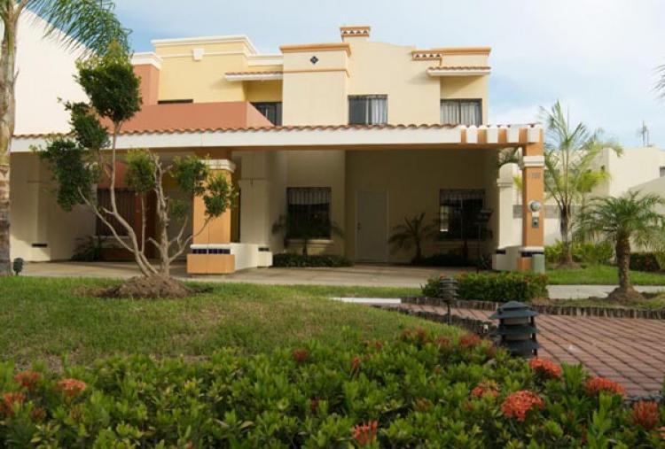 Casa en venta en mazatl n modelo magnolia real del - Casas montornes del valles ...
