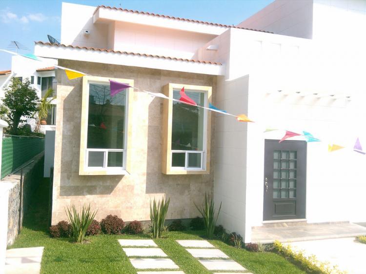 Nueva casa estilo minimalista con jacuzzi cav116135 for Casas nuevas minimalistas