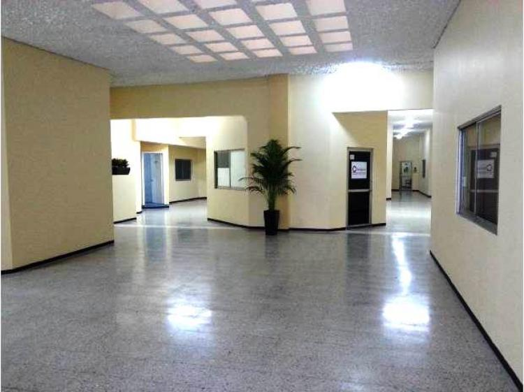Oficina 60 m2 amplia recepci n con 2 privados ofr223627 for M bankia es oficina internet