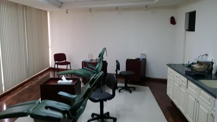 Oficina o consultorio en renta ofr216580 for Buscador oficinas bancarias