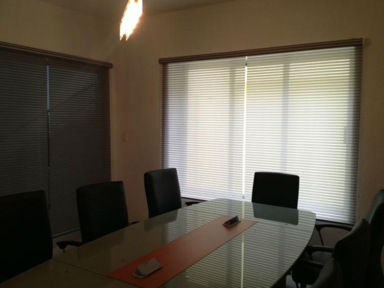 Renta oficinas ejecutivas y salas de juntas ofr78772 for Oficina ejecutiva