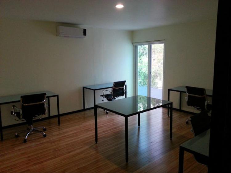 Oficinas equipadas en providencia zona financiera ofr80308 for Oficinas equipadas