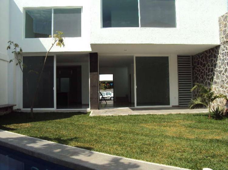 Reforma linda casa nueva estilo minimalista excelente for Casa nueva minimalista