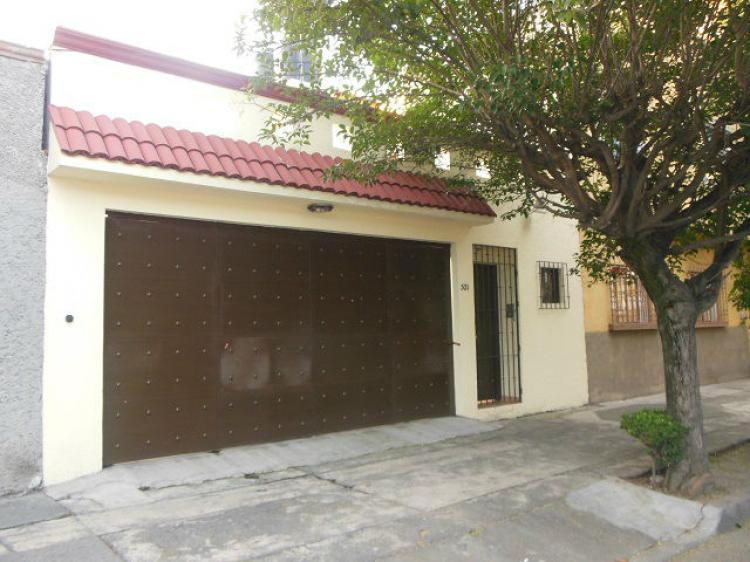 Renta casas colonia valle exclusividad y seguridad car111639 for Casas en renta df