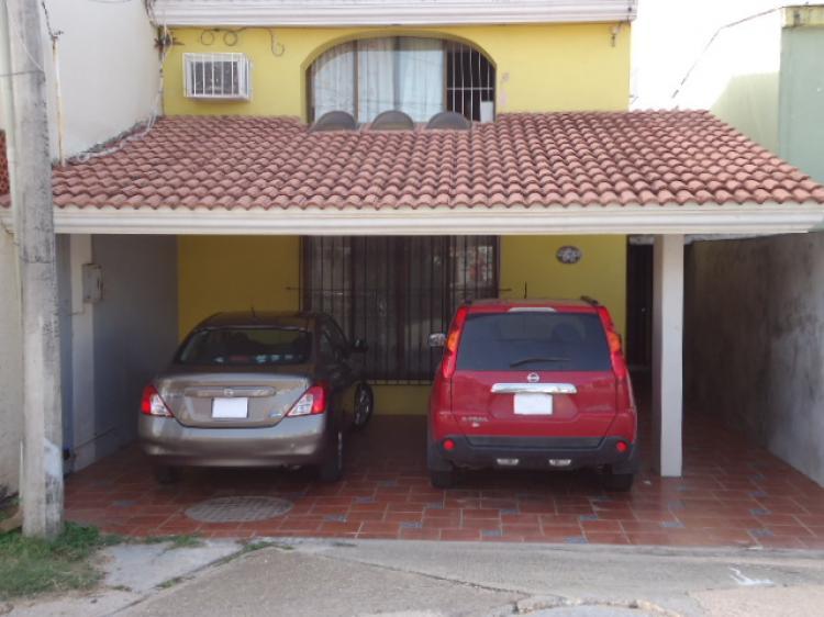 Casas nuevas dos recamaras fracc punta del mar cav85489 for Casas en renta coatzacoalcos