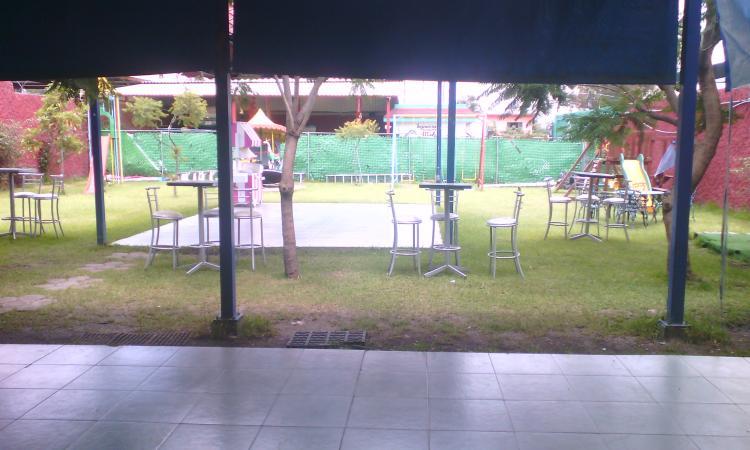 Se renta amplio jardin en bosques del lago a muy buen for Jardin 600m2