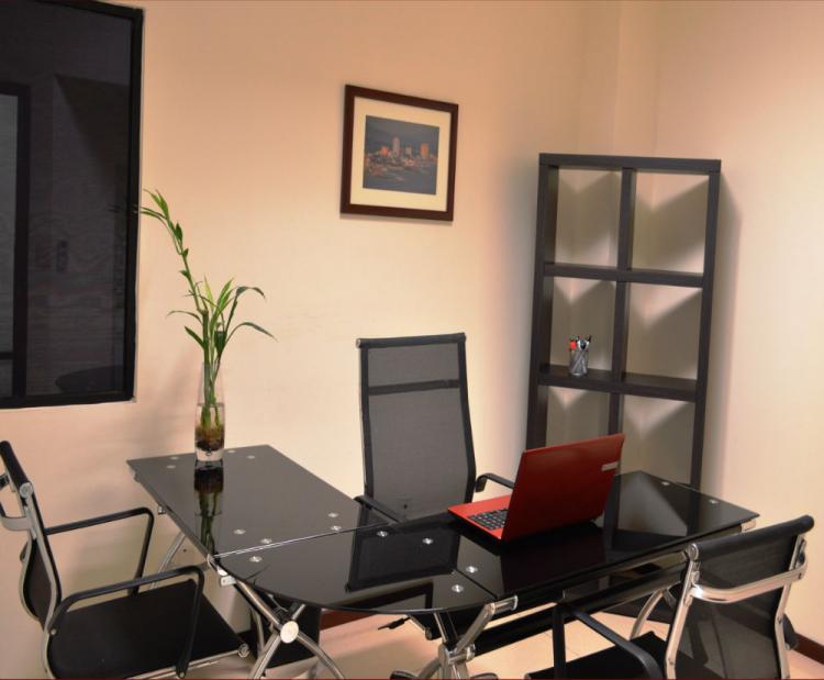 Se rentan oficinas completamente equipadas ofr188464 for Oficinas equipadas