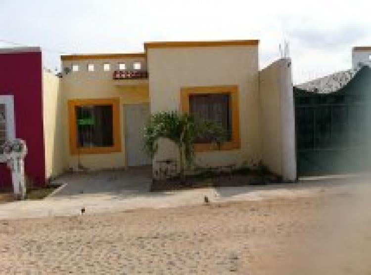 Traspaso casa en hospital civil 2 recamaras 2 ba os cav98505 for Casas en renta en colima