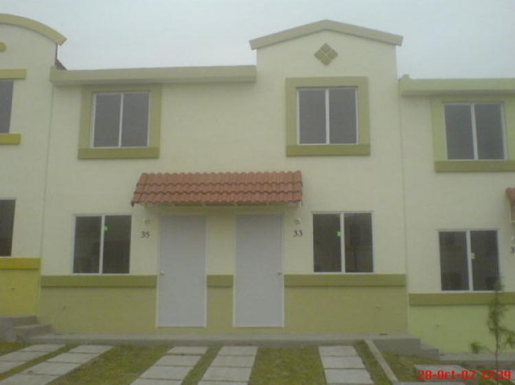 Rento casa nueva en urbi villa del rey huehuetoca car7783 for Planos de casas urbi villa del rey