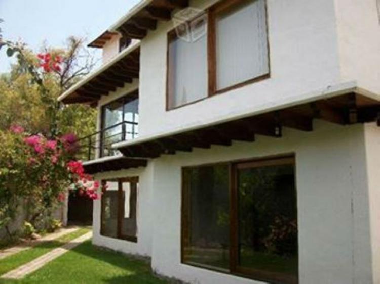 Vendo casa con vista al lago valle de bravo cav101512 for Casas en valle de bravo