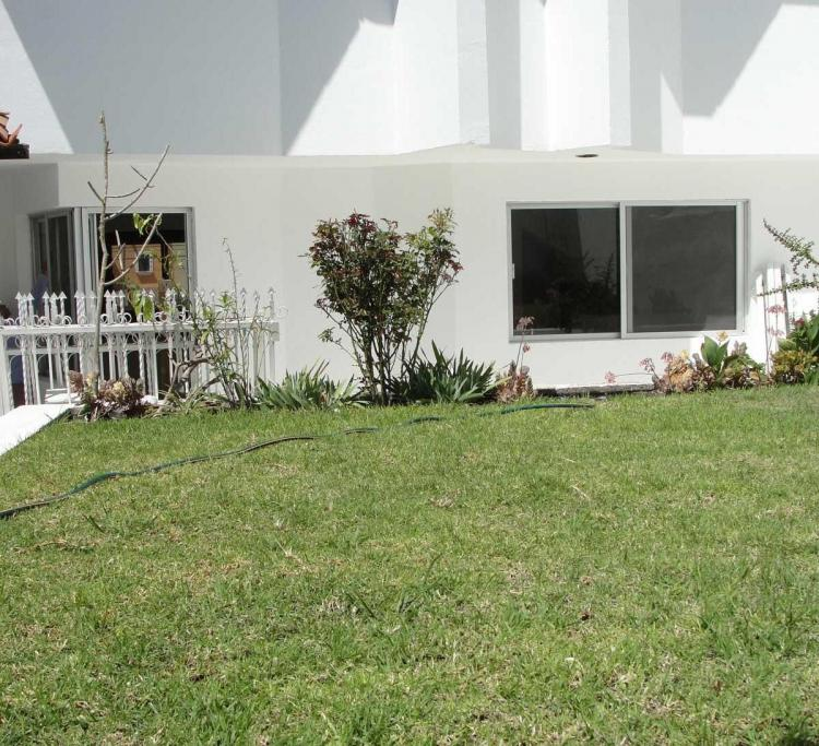 Venta de casa de 3 recamaras amplias y jardin en for Residencial casas jardin