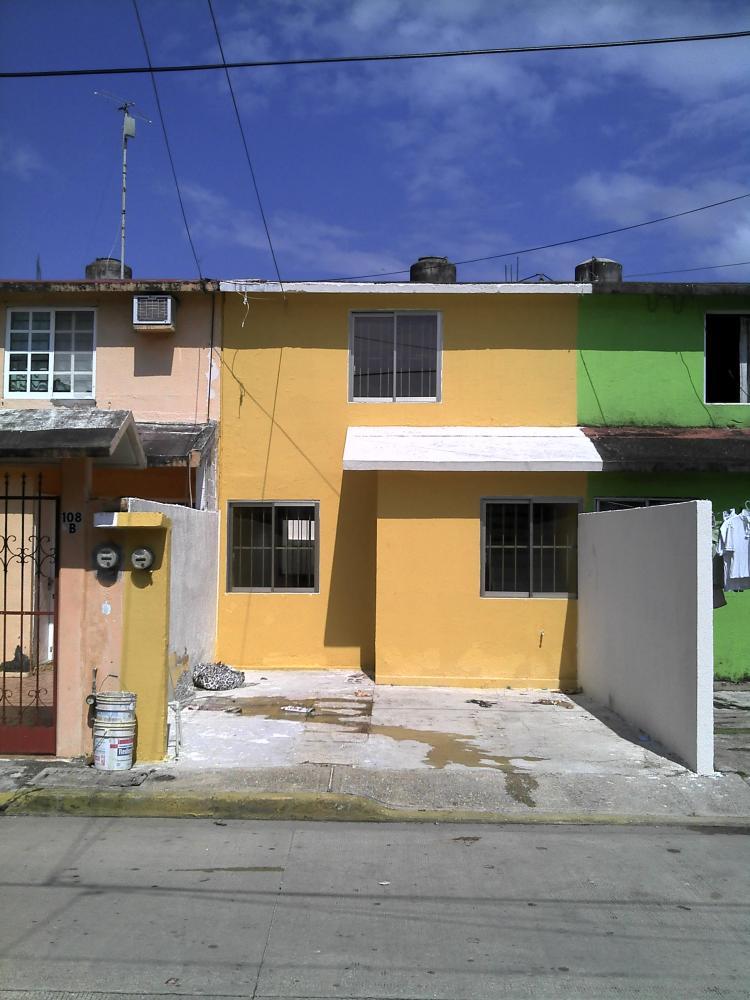 Venta de casa en coatzacoalcos cav92736 for Casas en renta coatzacoalcos