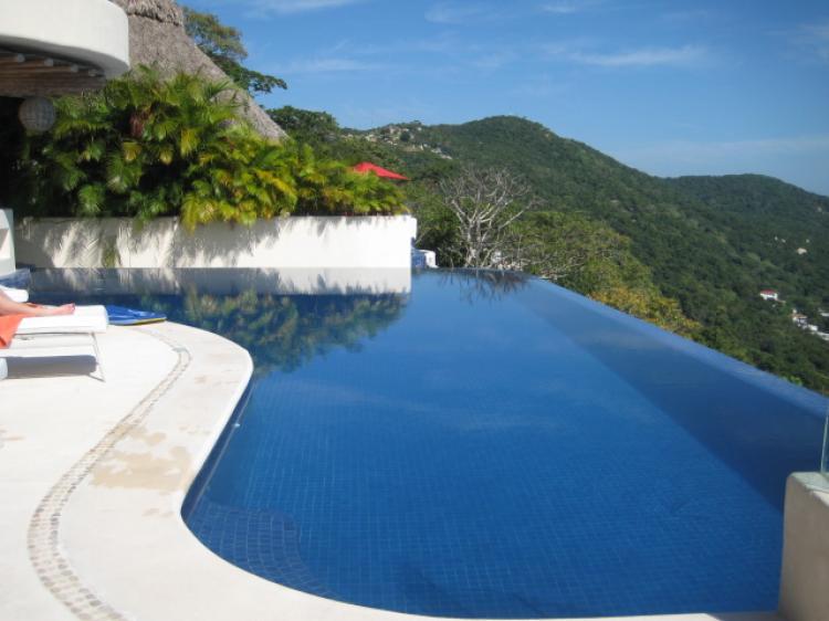 Acapulco diamante villas en renta car11998 for Villa casa mansion la cima acapulco