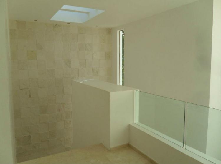 Villa magna residencia minimalista en venta cav26442 for Renta casa minimalista cancun