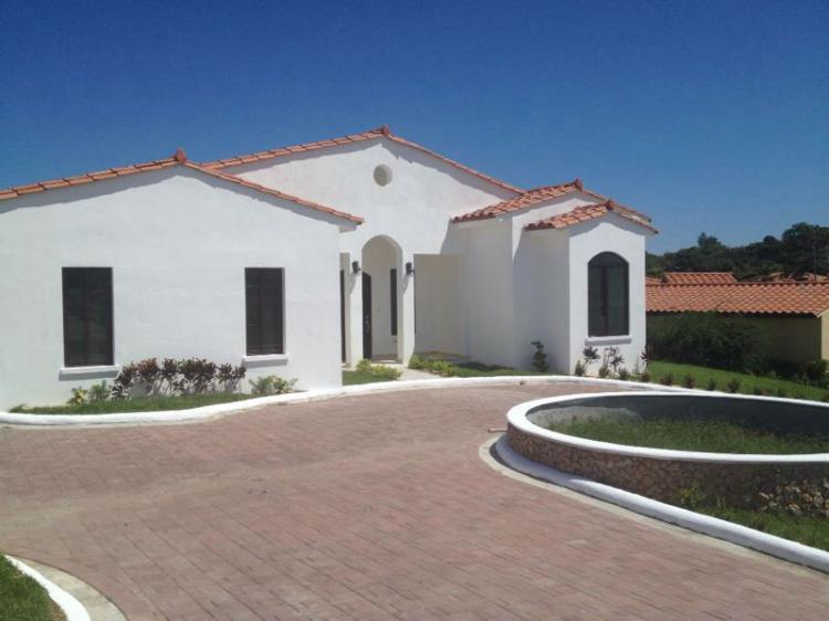 Se vende o alquila hermosa residencia en hacienda pacifica - Piscina san carlo ...