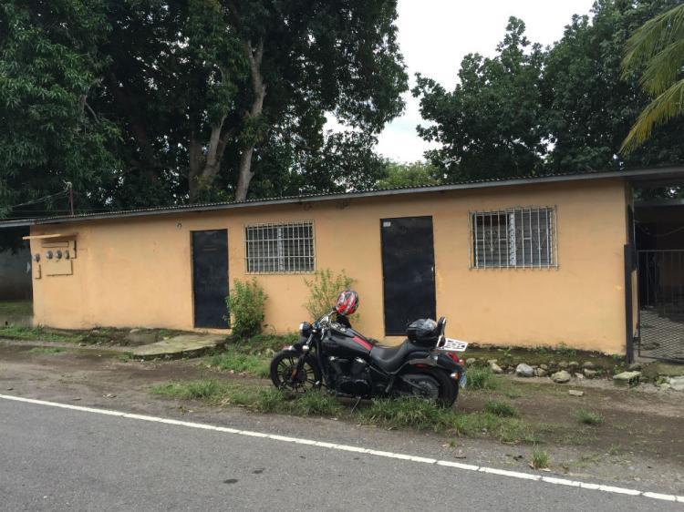 Vendo Casa con cuartos de Alquiler CAV13860