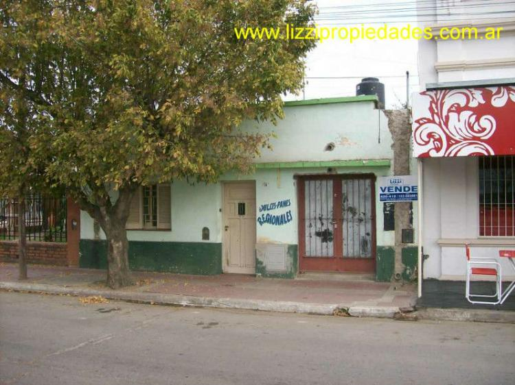 Casa y Local en ZONA COMERCIAL en ALTA GRACIA - INVERSION