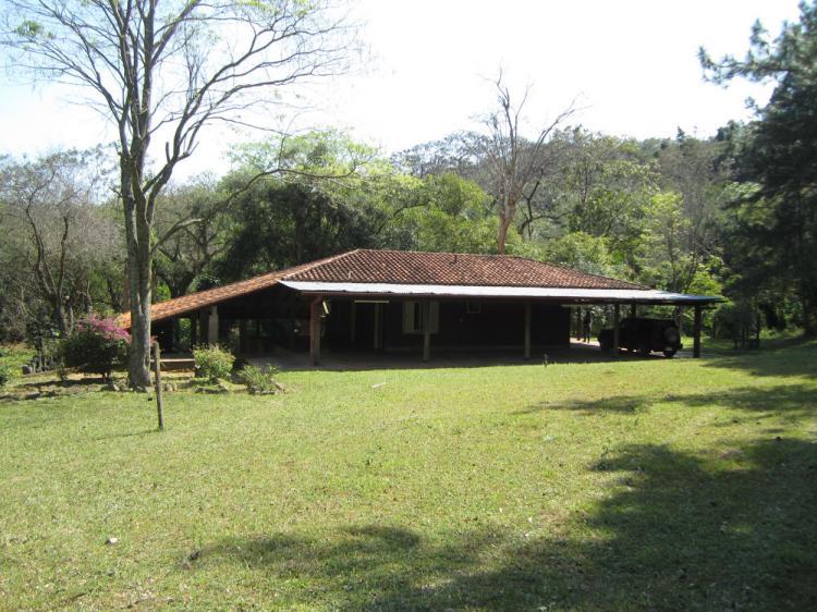 Fotos de casa quinta en san bernardino for Modelo de casa quinta en paraguay