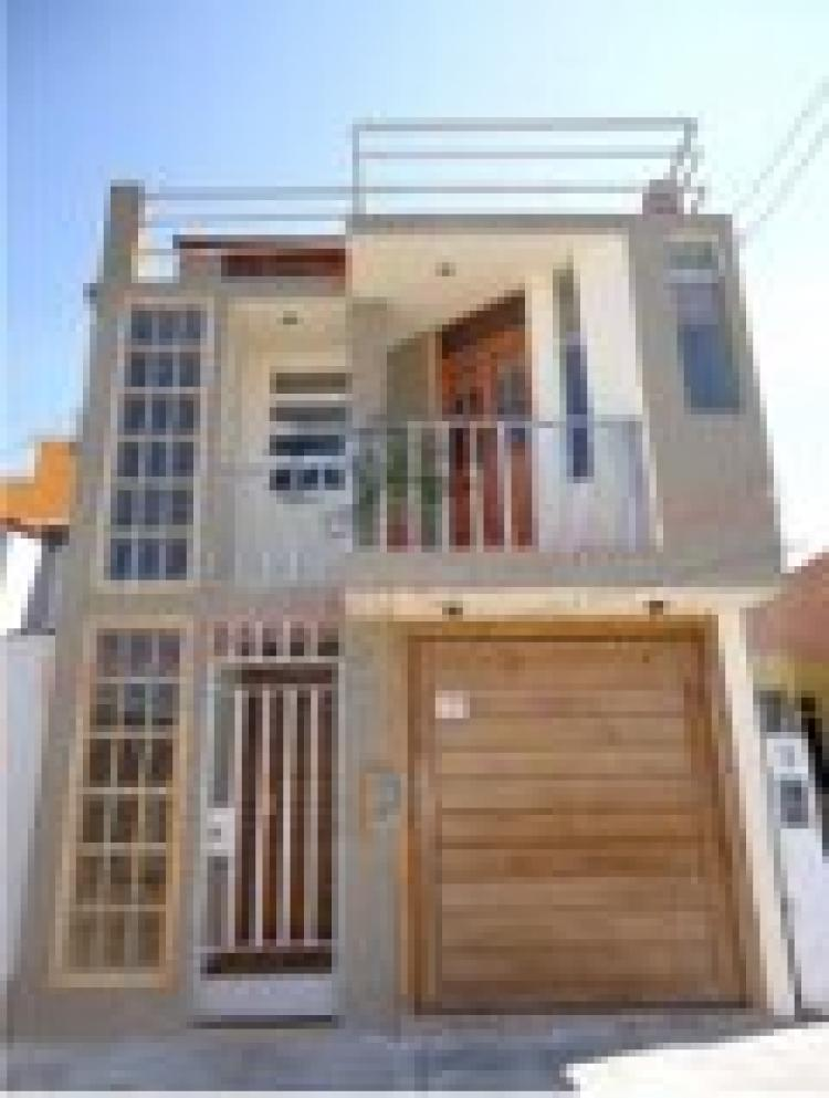 En venta casa 3 pisos en paseo del mar domus nvo for Lo ultimo en pisos para casas