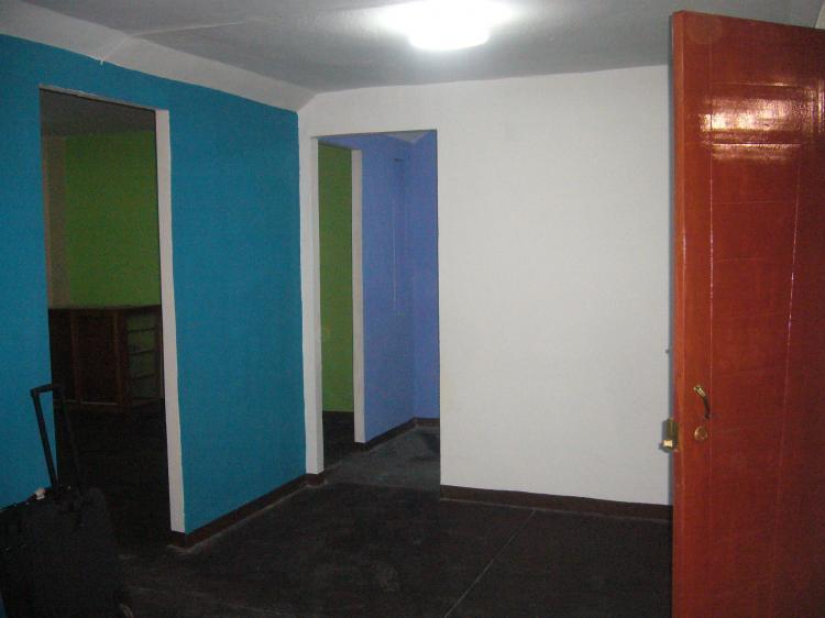 Fotos de en alquiler casa 1 piso en urb caceres aramayo for Anuncio alquiler piso