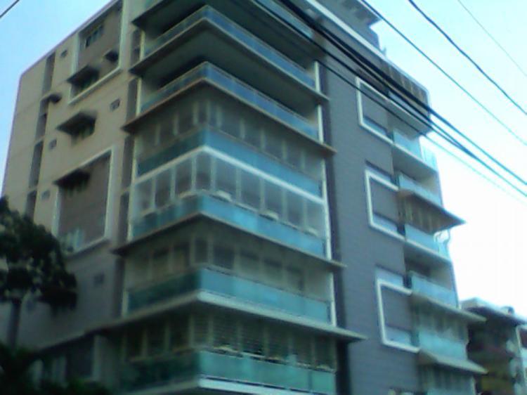Apartamento amueblado en bellavista pea3678 for Pisos alquiler bellavista