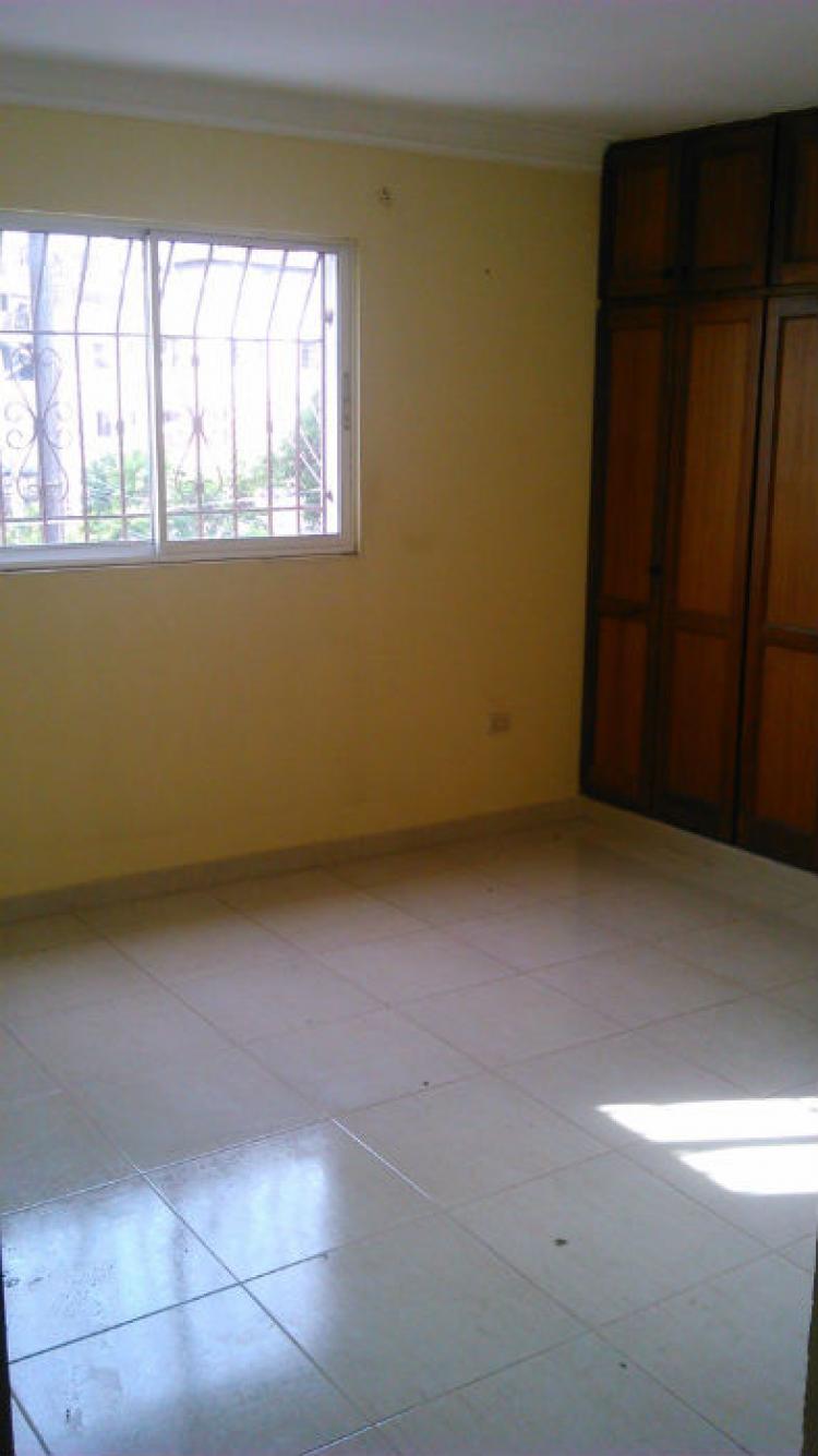 Fotos de se alquila apartamento 2do piso en bella vista for Pisos alquiler bellavista