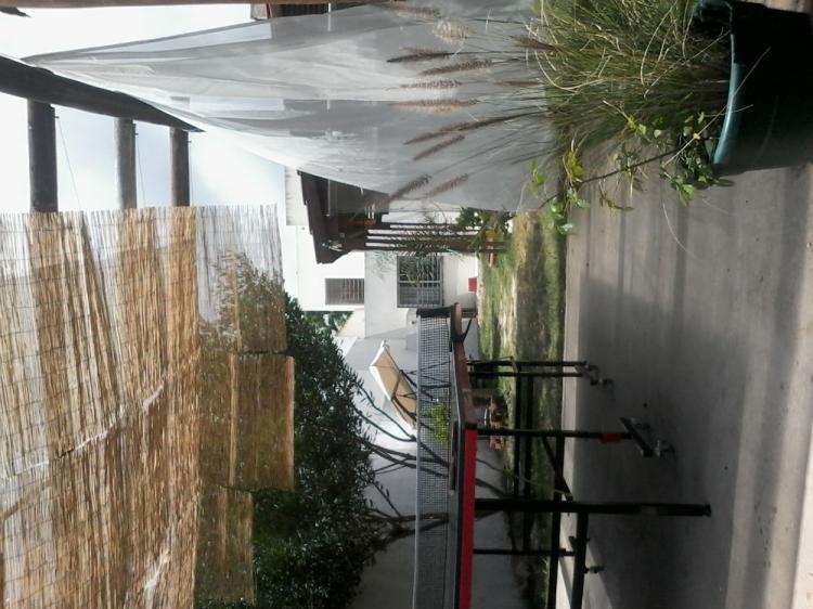 Hermosa casa minimalista en 2 plantas cerca de la playa y for Casa minimalista uy