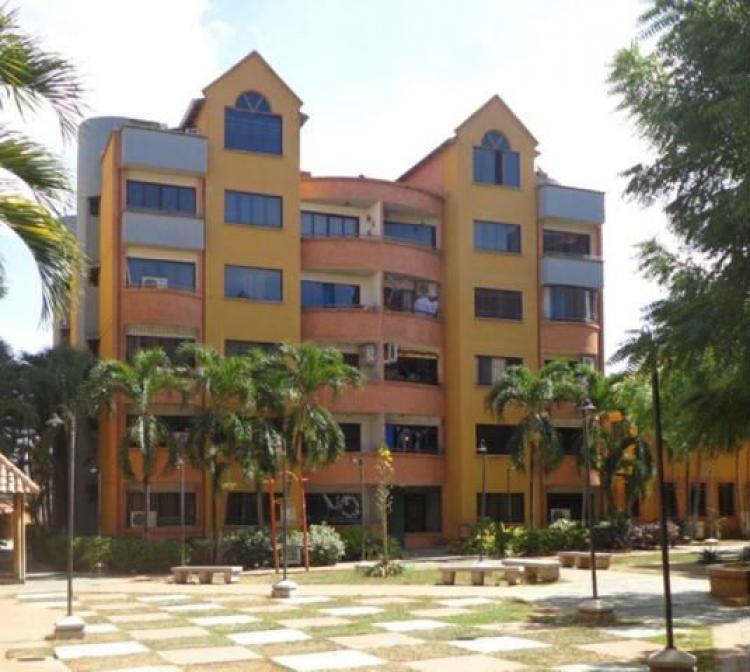 Apartamento en venta en san diego valencia carabobo a 16 for Piscina abastos valencia