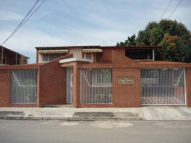 Casas en venta inmuebles mercadolibre venezuela tattoo for Disenos de frentes de casas