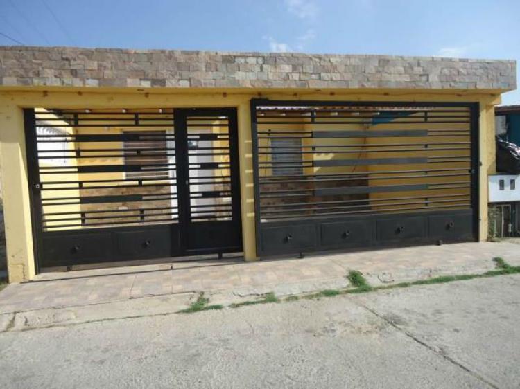 Puertas De Baño Guacara:Foto En Venta Bella Casa en Guacara CAV62460