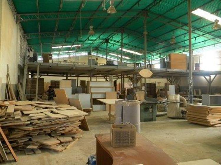 Galpon en venta en maracaibo 2800 m2 bsf 2500000 gav24907 for Piso exterior zulia