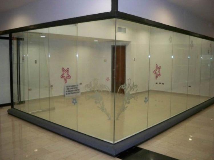 Local en alquiler en valencia 34 m2 bsf 14000 loa43109 for Oficinas movistar valencia