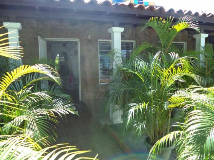 cabudare men Buscas un inmueble en venta en cabudare  de 24 men pleno centro de cabudare, frente a precats2, con baño, aire acondicionado y sistema de alarma.