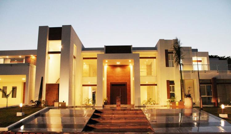 Colinas del urubo mansi n en venta cav2403 for Casa la mansion santa cruz bolivia