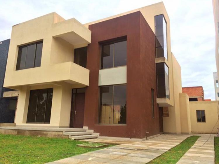 Casas En Tiquipaya En Venta