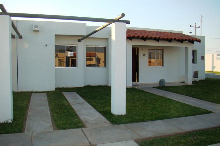 Zona norte cond sevillas las terrazas ii se alquila casa de 3 dorm cav465 - Casa santa cruz ...