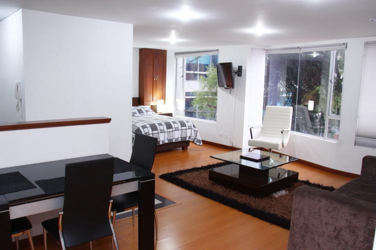 Arriendo apartamentos amoblados en bogota apa54469 for Decoracion apartaestudios
