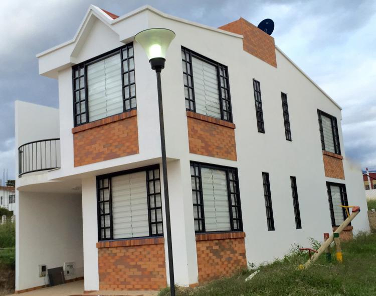 Fusagasuga Casa Esquinera Conjunto Cerrado Cuatro Habitaciones