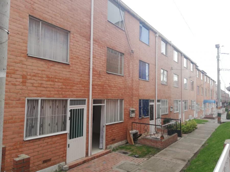 Foto se vende casa apartamentoen soacha ciudad verde bogota terreros san mateo CAV174530