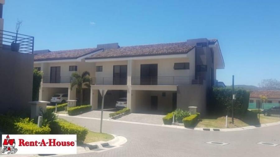 Foto Casa en Alquiler en Ciudad Col�n, Mora, San Jos� - 210 m2 - U$D 1.950 - CAA22304 - BienesOnLine