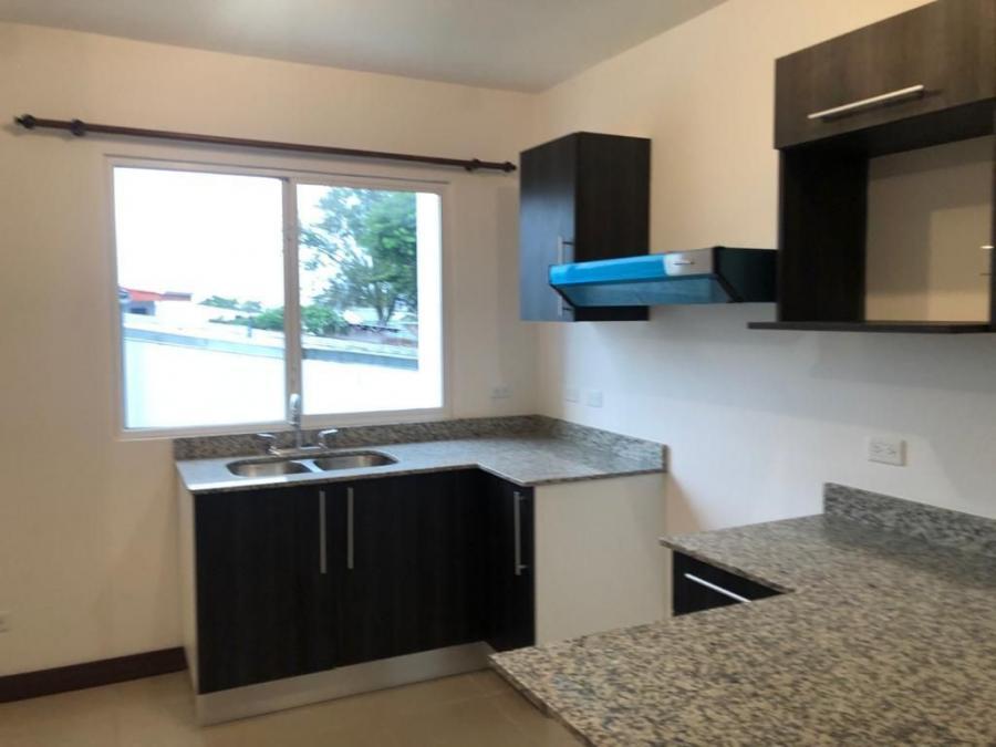 Foto Apartamento en Alquiler en Tib�s, San Jos� - U$D 635 - APA31437 - BienesOnLine