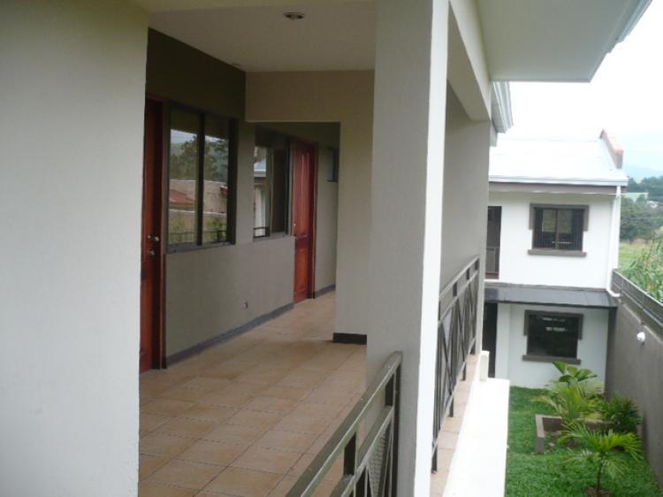 Apartamentos y estudios amueblados apa558 for Apartamentos en sevilla baratos alquiler