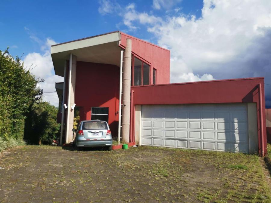 Foto Casa en Venta en Desamparados, San Jos� - U$D 550.000 - CAV40971 - BienesOnLine