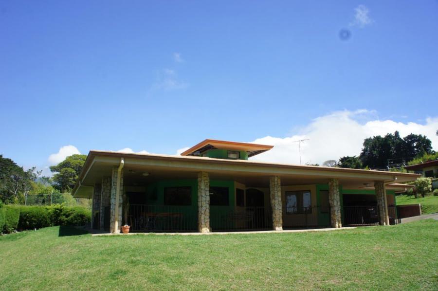 Foto Casa en Venta en San Rafael, Heredia - U$D 800.000 - CAV31930 - BienesOnLine
