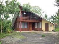 Casa en Alquiler en  San Carlos